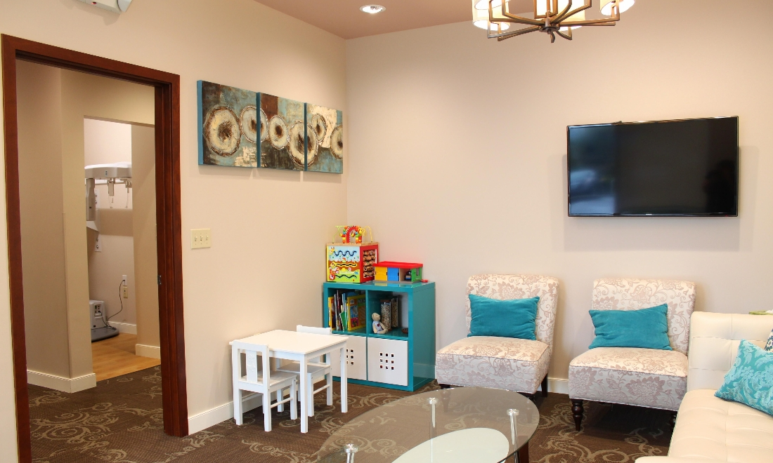 Our Comfortable Waiting Room Makes Waiting for Your Appointment A breeze in Woodinville, WA
