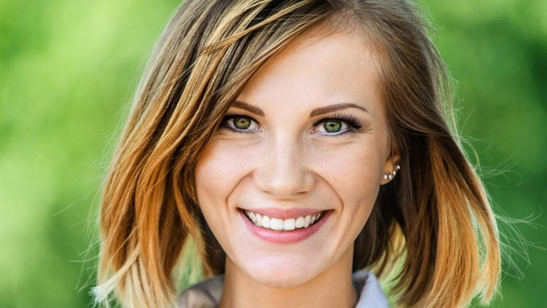 Woman smiling l Cosmetic Dentistry Woodinville WA